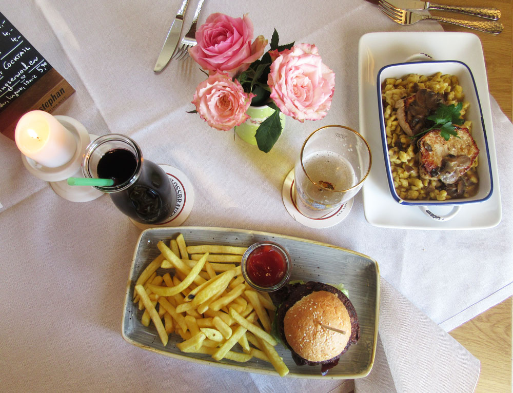 Gedeckter Tisch im Gasthof Spitzer